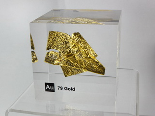 Acrylic Element cube - Gold Au - 50mm