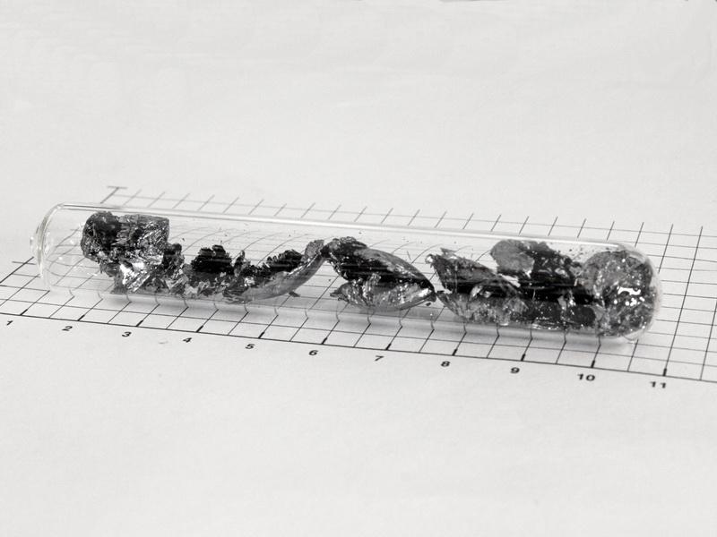 Black Phosphorus – crystal  pieces –  5.0g in ampoule