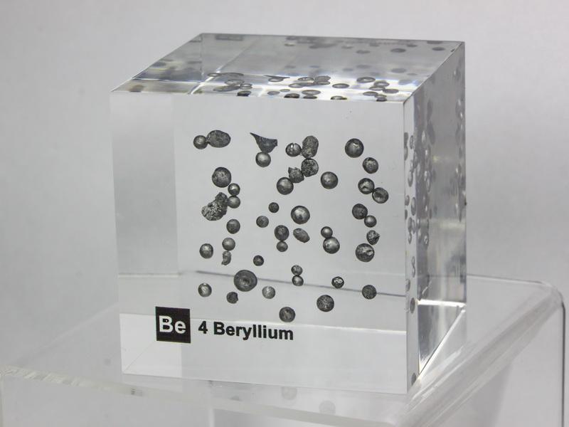 Acrylic Element cube – Beryllium Be – 50mm
