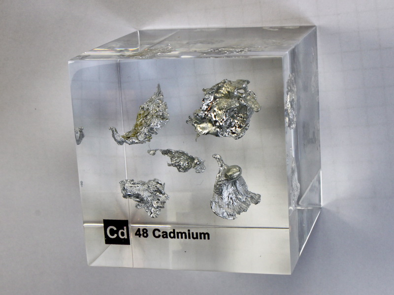 Acrylic Element cube – Cadmium Cd – 50mm