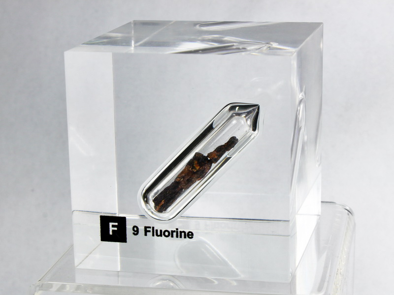 Acrylic Element cube – Fluorine – 50mm