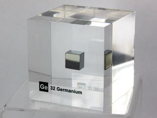 smart-elements - Acrylic Element cube - Germanium Ge - 50mm