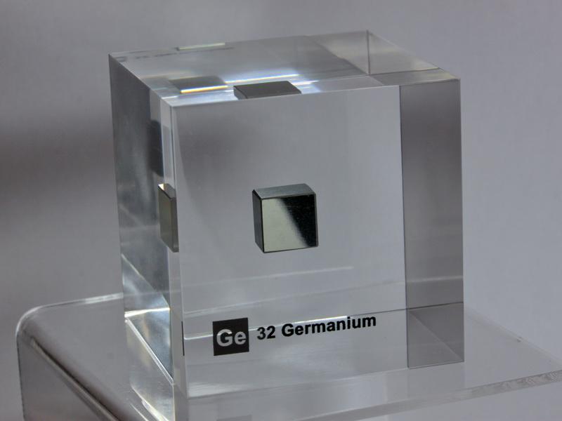 Acrylic Element cube – Germanium Ge – 50mm – Last one