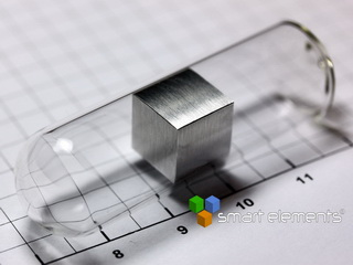 smart-elements - Magnesium precision density-standard cube sealed under argon