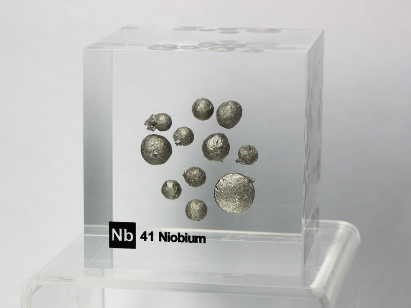 Acrylic Element cube – Niobium Nb – 50mm