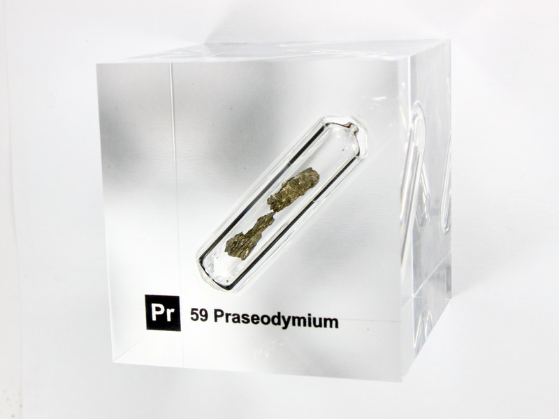 Acrylic Element cube – Praseodymium – 50mm