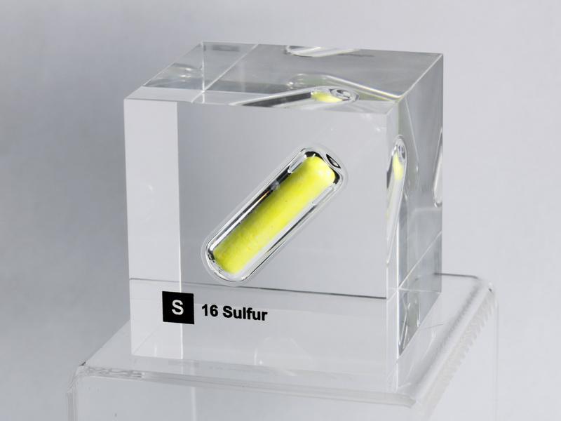 Acrylic Element cube – Sulfur S – 50mm