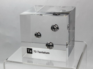 smart-elements - Acrylic Element cube - Tantalum Ta - 50mm