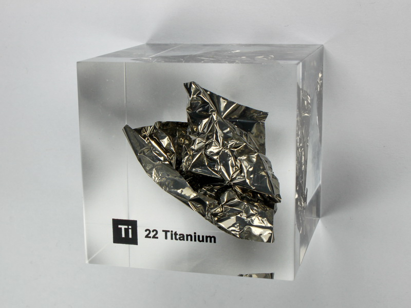 Acrylic Element cube – Titanium Ti – 50mm